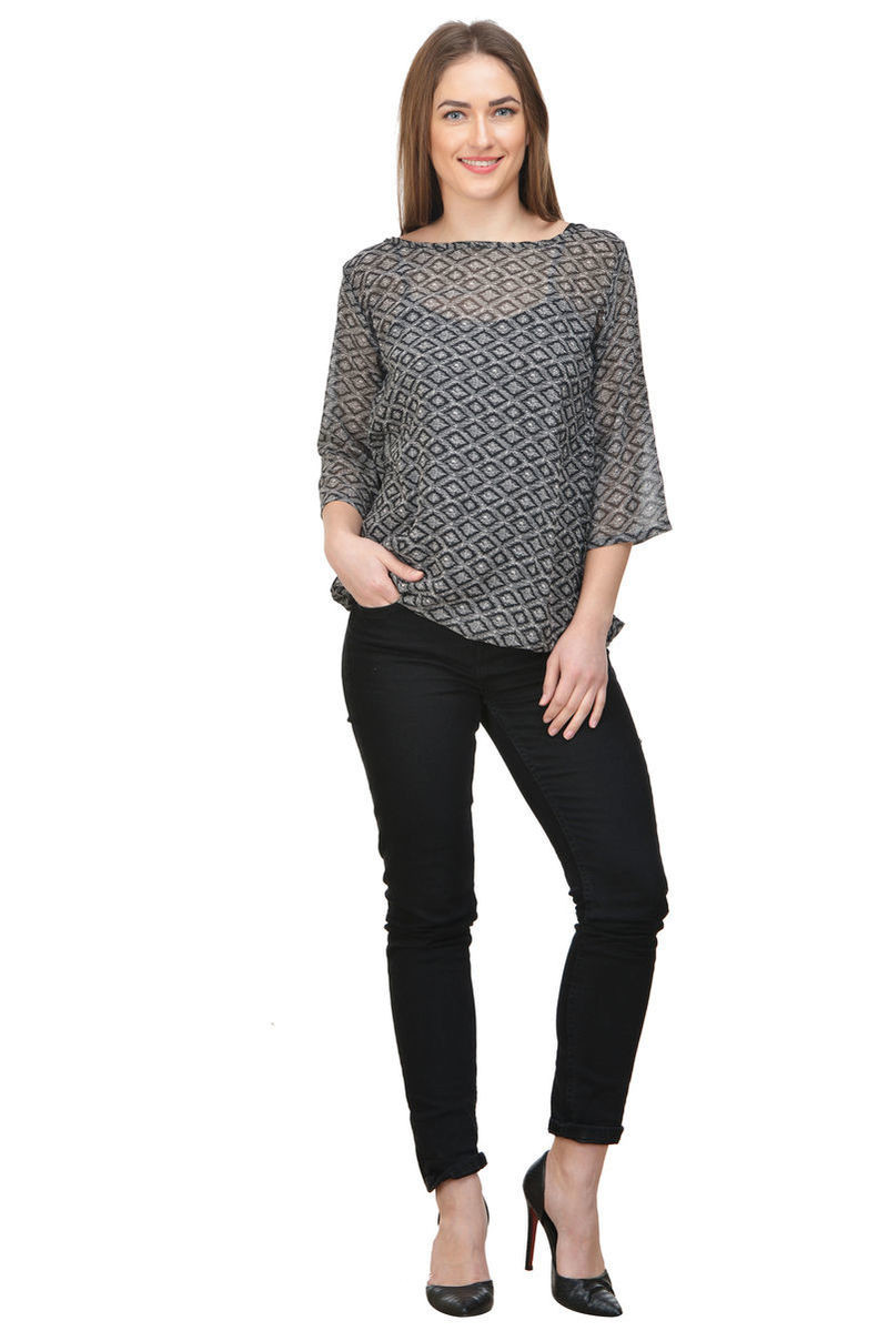 Online wholesale clothing suppliers